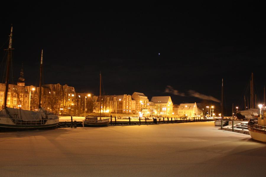 Leuchtende Silvestergrüße von der Ostsee
